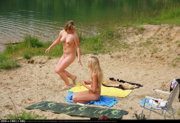 Смотреть фото нудистов смотреть онлайн 86065 фотография