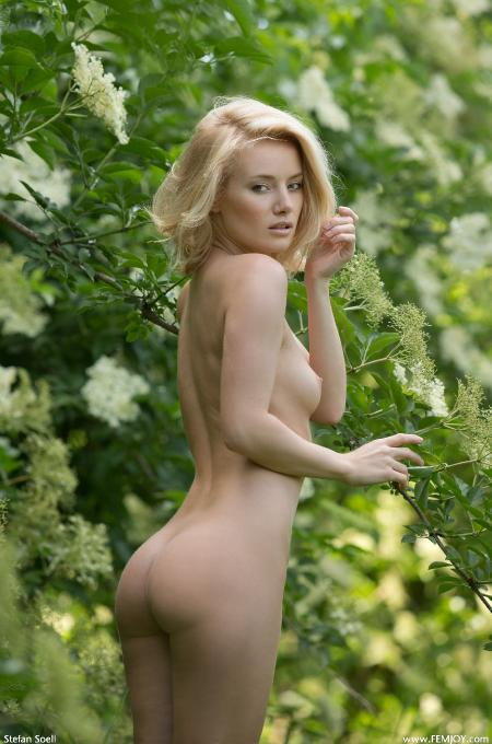 Femjoy: Gabi - Pure Nature (01-09-2013)