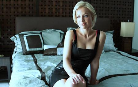 Блондинка получила сперму на свои сисечки
